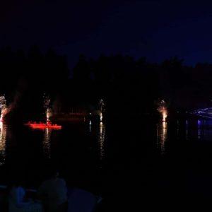 Pirotechniniai fontanai ant vandens Mažosios dailidės legenda 2019