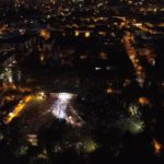 Festivalio nuotrauka nakties metu fotografuota iš skraidyklės
